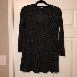 Black/Gray Tunic with Keyhole opening on back